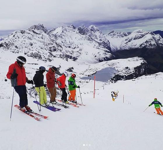 Prime Mountain guides skiing