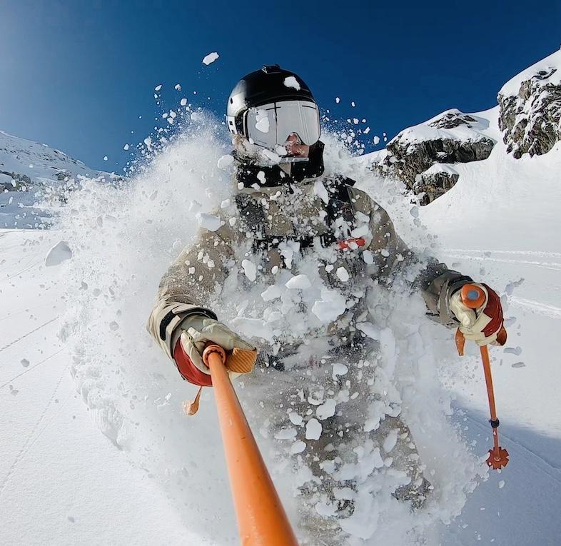 Powder skiing in engelberg by ski lodge engelberg staff.