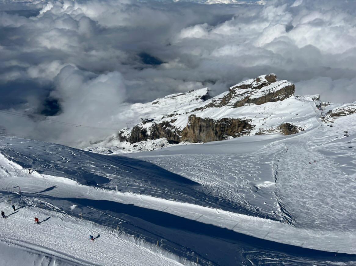 Glacier skiing on Mt titlis, best way to start skiing.